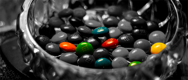 15-colored-m-and-ms-candies-black-white