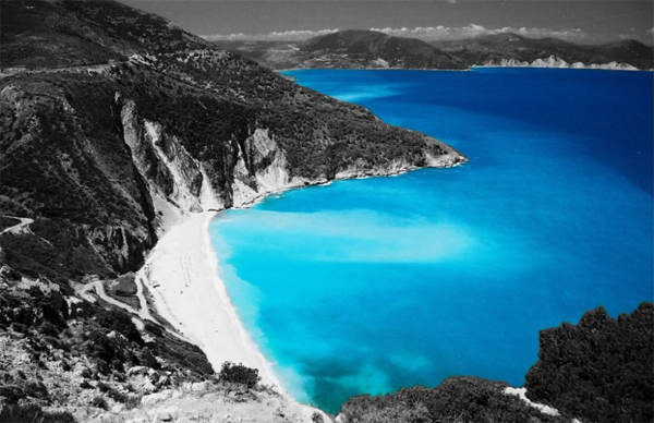 17-greek-beack-blue-color-splash