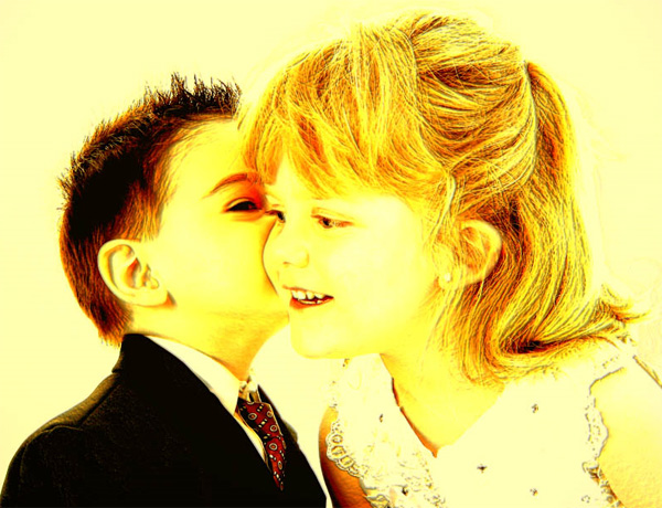 Photos of kissing kids