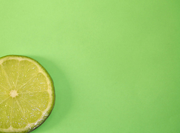 minimalist photography: lemon