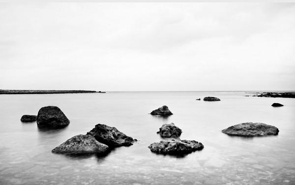 minimalist black and white photography: seascape