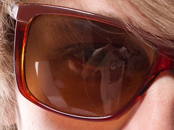 sunglass reflection
