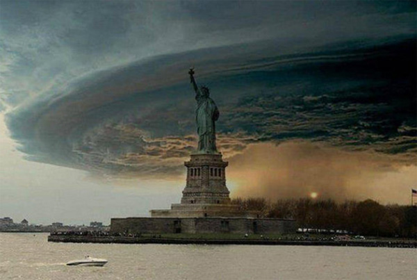 Photoshopped Photo of Hurrican Sandy Storm Surge