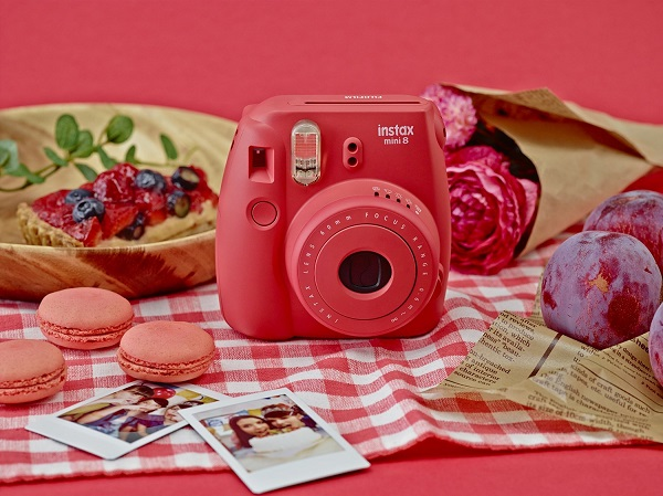 Fuji Instax Mini - Valenine's Gifts for Photographers