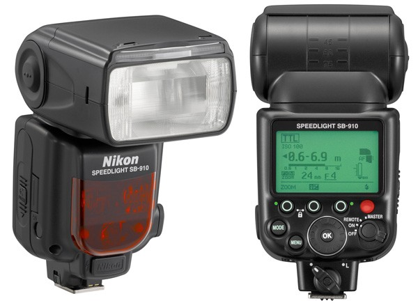 Much like its rival, the SB-910 comes with a vast array of features