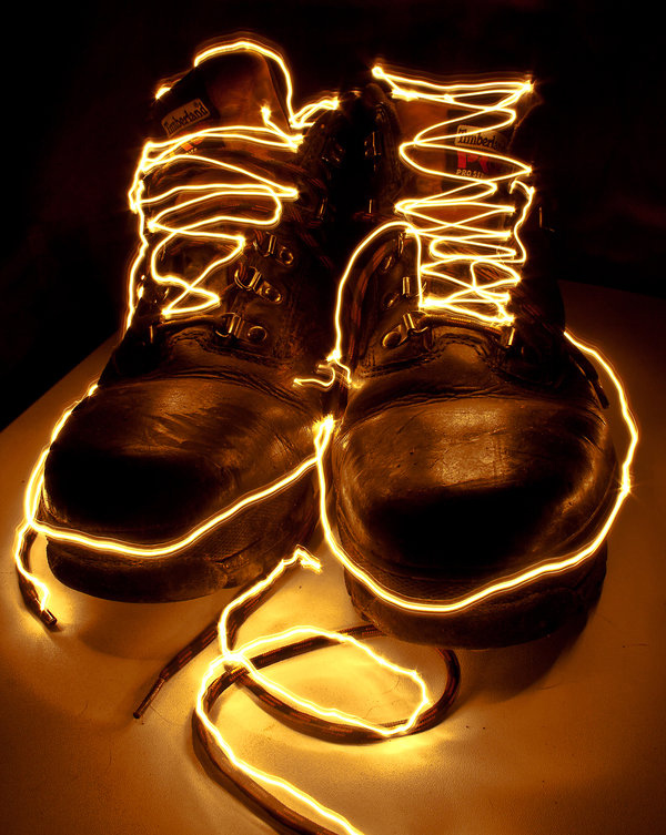 62. & 100 Smashing Examples of Light Painting Photography azcodes.com