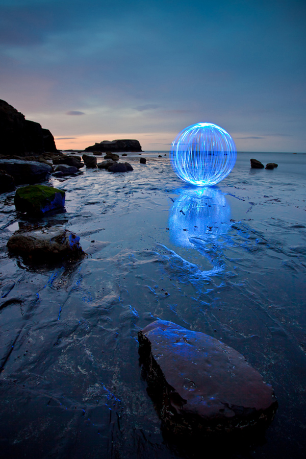 100 smashing examples of light painting photography