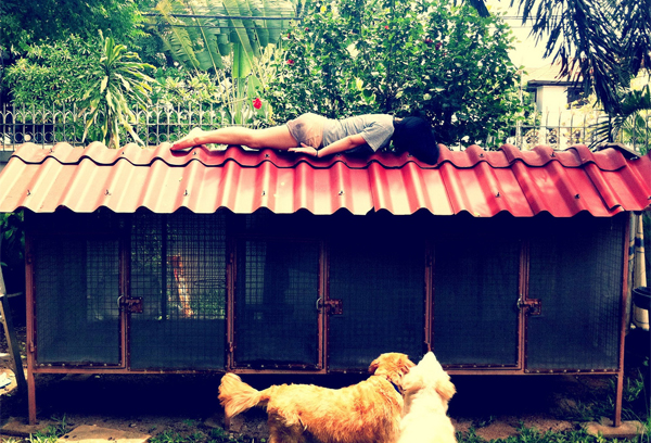 Planking on jr cage by Nisakorn Keanmepol