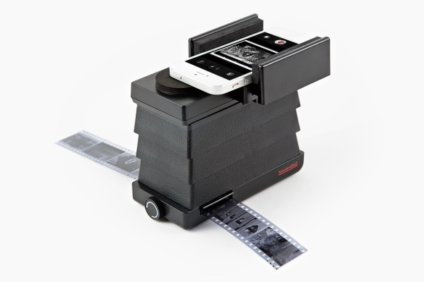 Lomography Smartphone Film Photo Scanner - Gifts for Photographers