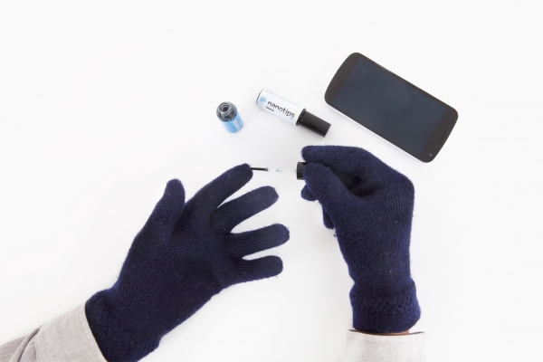 Touch Tonic for Gloves - Gifts for Photographers
