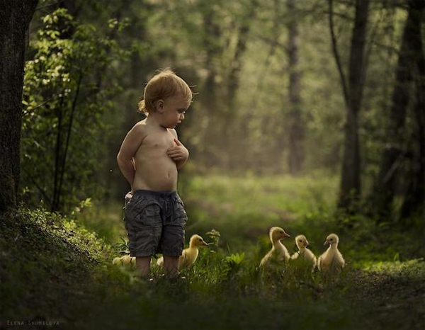 16-kids-animals-Elena-Shumilova-phootgraphy