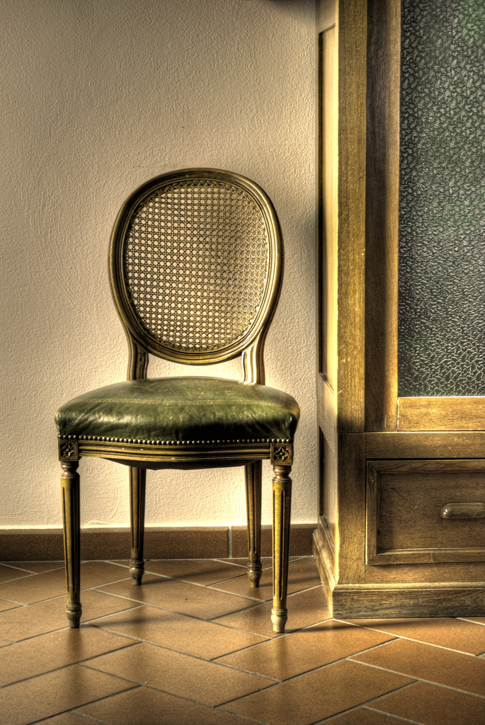 old chair - HDR