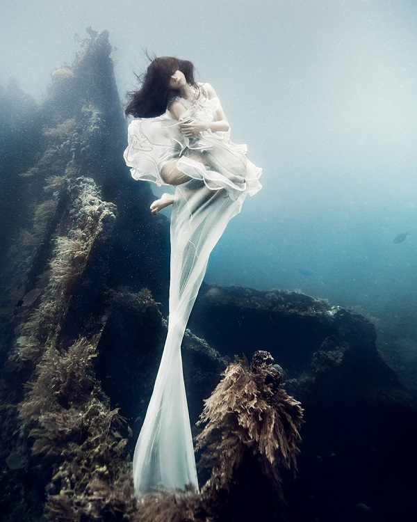 One of a kind photoshoot in surreal surroundings by Von Wong