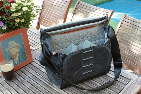 Everyday Messenger Bag for Photographers