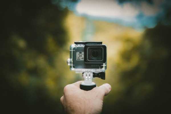 How a Compact Camera Can Help You Shoot Stunning Images While Traveling on a Budget-actioncam