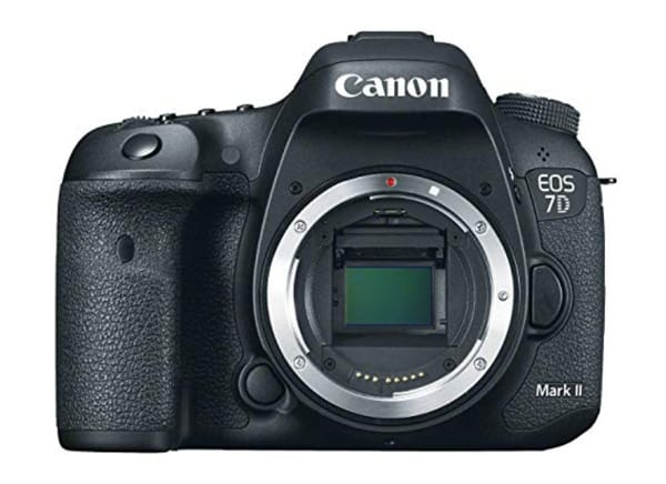dslr_camera_for_beginners_Canon EOS 7D Mark II
