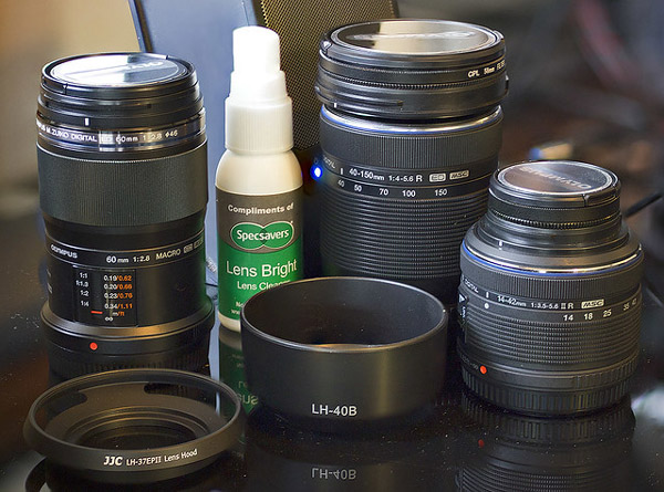 clean_camera_lenses_4